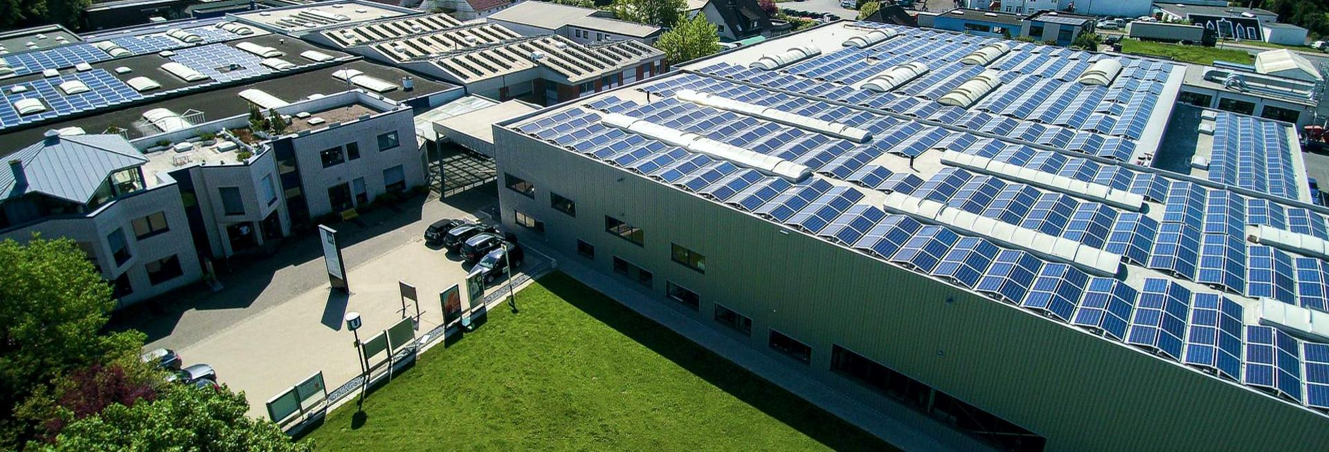Luftaufnahme von ST-Vitrinen Verwaltung, Produktion und Logistik-Zentrum in Bielefeld