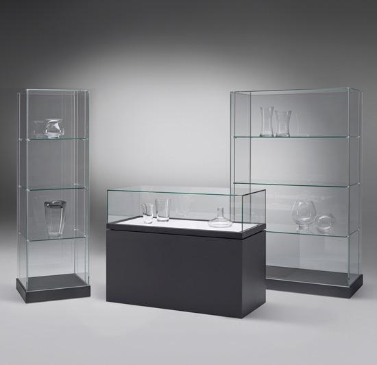 Museumsvitrinen aus der Serie Exponatum