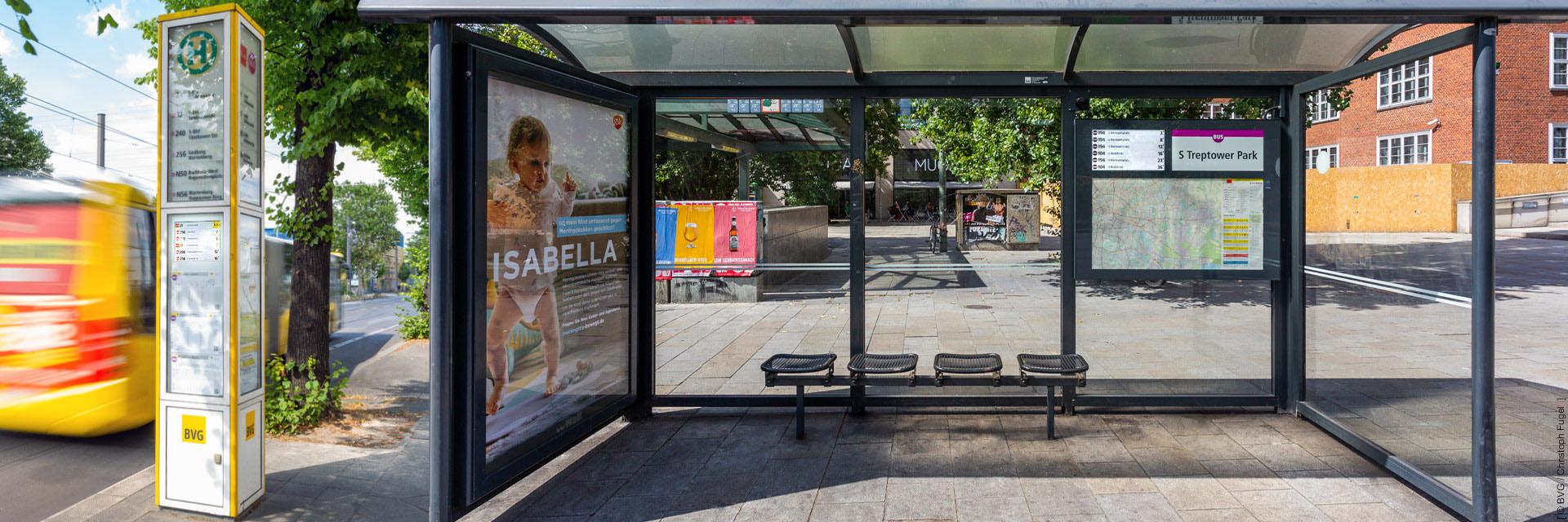 Dynamische Fahrgastinformationssysteme für Berliner Tram-, Bus- und Bahnstationen