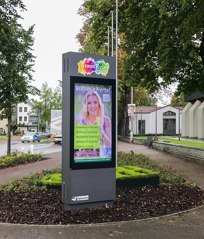Digitale Werbe- und Kultursäule