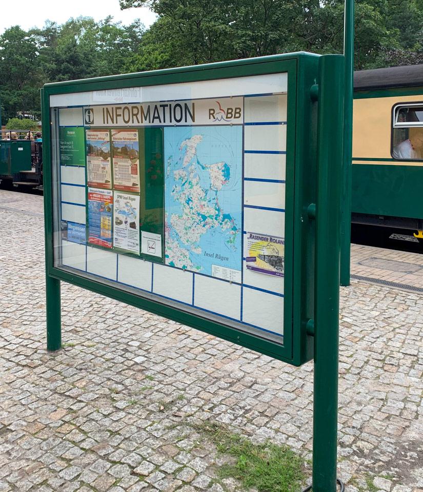 Schaukasten nostalgische Rügensche Bäderbahn